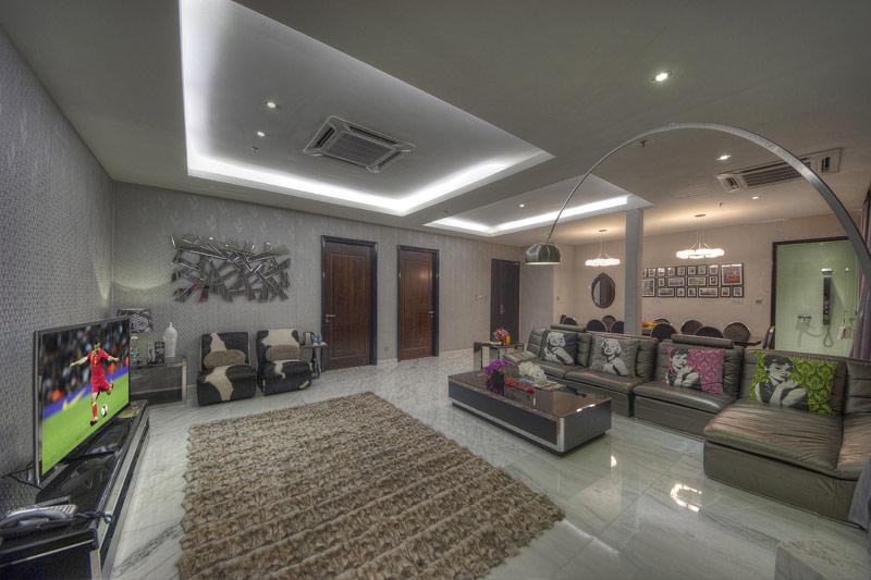 Idol Suite